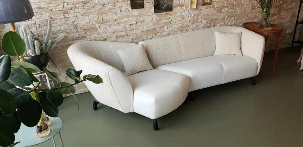 Design meubels vakkundig bijgewerkt door Stoffeerderij VDH